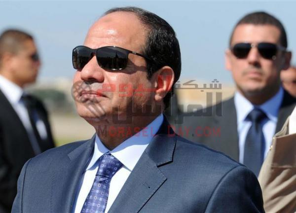 السيسي: «أنا مش مخاصم النشطاء.. ولو عرفوا الخطر هيقفوا قدامي»