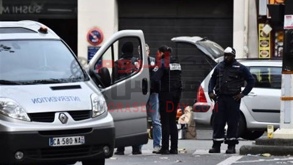 السماح لرجال الشرطة في فرنسا بحمل السلاح في غير أوقات العمل   –  f