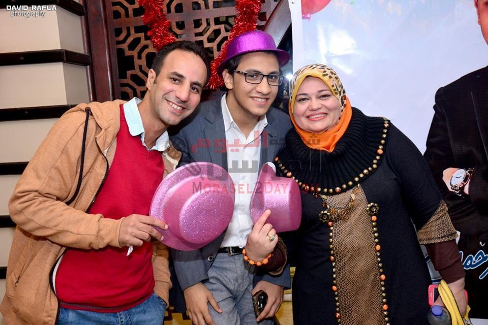 اجمل التهانى القلبيه مقدمه من الشبكه للاعلامى عبد الرحمن سالم بمناسبه عيد الميلاد