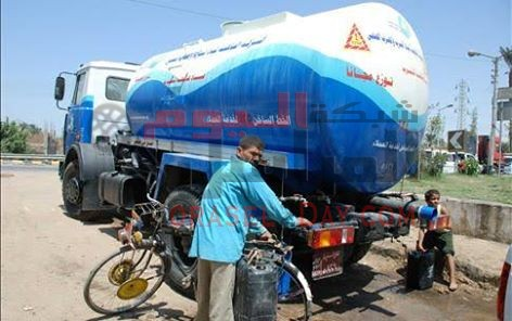 وصول سيارتين للمياه النقية بيوسف الصديق وطوارئ لتصليح خط الصرف الصحى بالحادقه بالفيوم