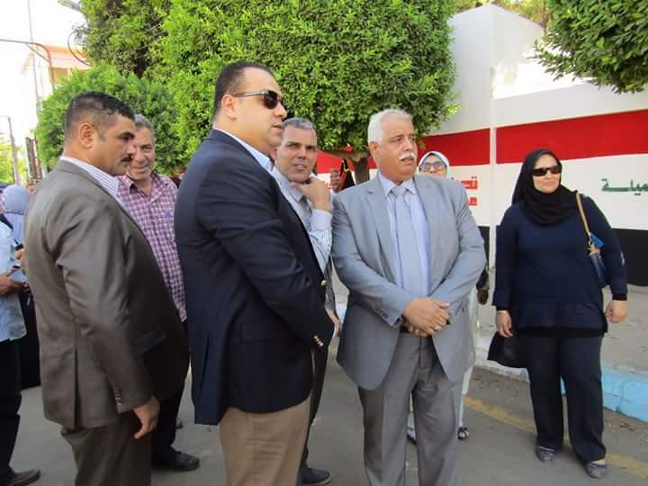 التعليم تشارك مبادرة حلوة يا بلدى بمحافظة الفيوم