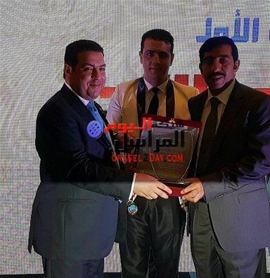 المنجزين العرب تكرم محمد الزهراني.. لجهوده الإنسانية والمجتمعية