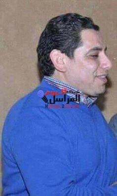 الرائد محمد مصطفي صامدآ رغم التحدي