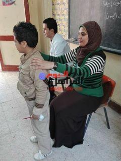 بالصور حمله توعيه ضد تشوهات القوام بمدرسه طه حسين ببنى سويف
