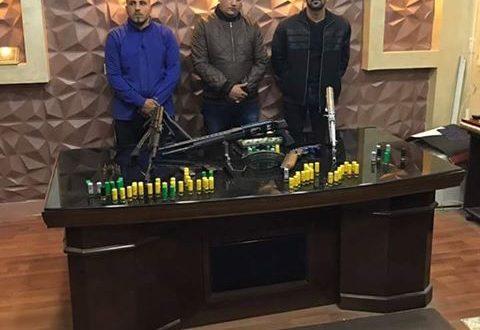القبض على 3 عاطلين ضبط داخل مساكنهم أسلحة آلية وخرطوش فى القليوبية