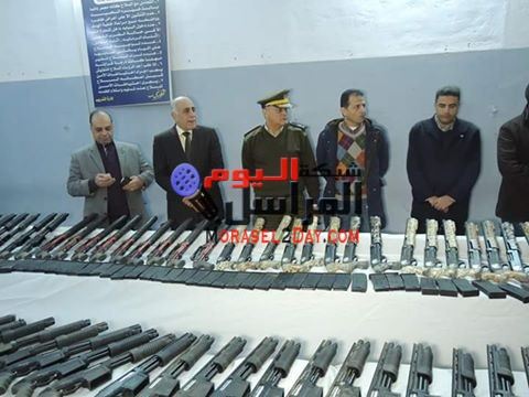 ضبط 199 قطعة سلاح نارى بدائرة مركز شرطة مطاى بالمنيا