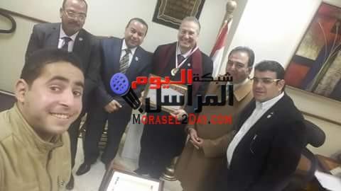 بالصور منظمة الشعوب تقوم بزيارة  وزارة الصحة وتكرم .د.احمد القاسم وتطالب بإنشاء مركز للأورام بالمنوفية