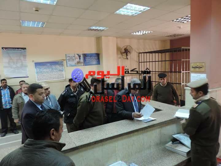 """القبض على أمين شرطة ورقيب وقهوجي لإبتزازهم المواطنين بمركز """" سنورس """" بالفيوم"""