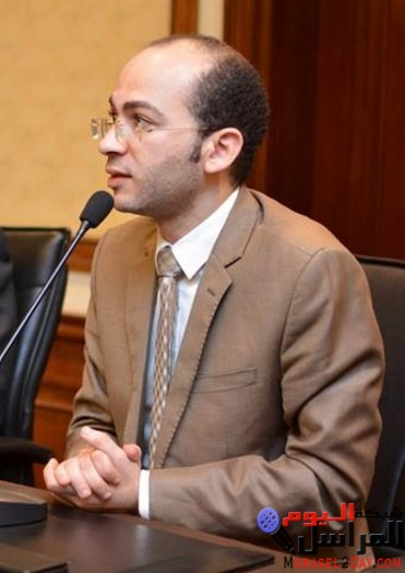 خبير قانونى : وفاة المنظومة الصحية فى مصر والدليل سفر المسئولين دائما للعلاج بالخارج