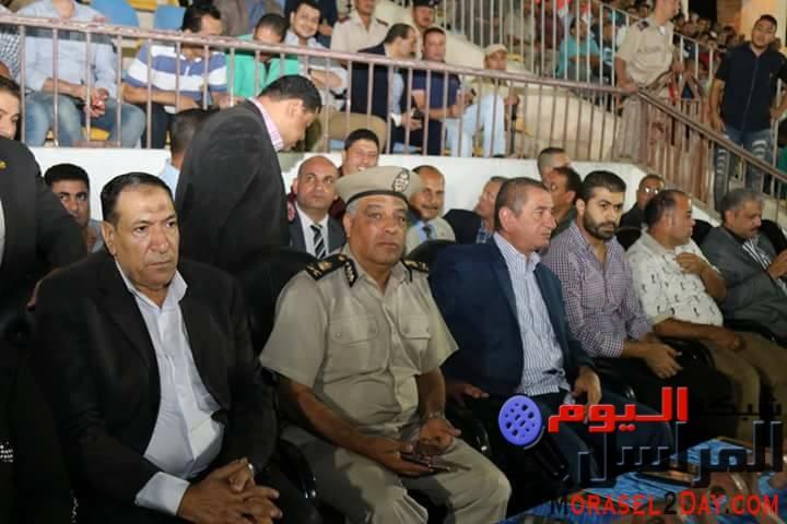 .بالصور محافظ كفرالشيخ يشهد مباراة فوز الفريق الأول على بلدية المحلة بثنائية نظيفة