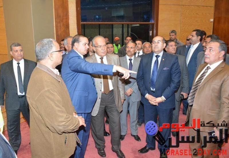 وزير التنمية المحلية يستهل زيارته لسوهاج بتفقد جامعة سوهاج الجديدة