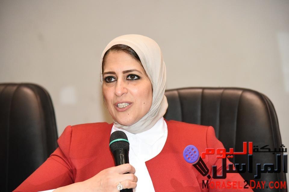وزيرة الصحة تنجح فى انهاء أزمة طبيب العاشر وتوجه الشكر للنائب العام على استجابة سيادته المقدرة