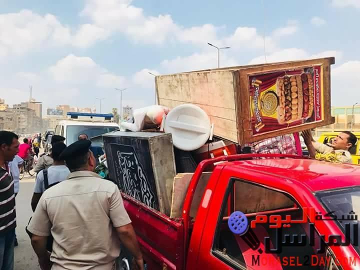 بالصور … تحرير 15 محضر اشغال فى حملة لشرطة مرافق المحلة