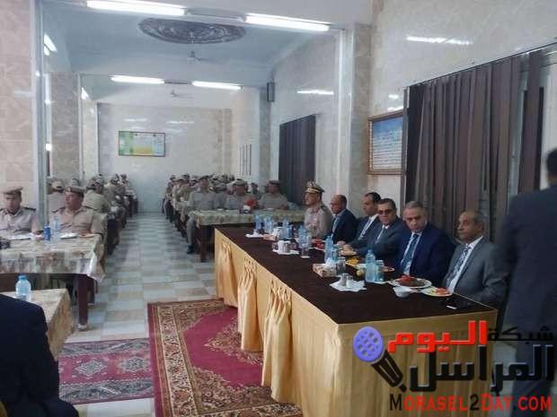 محافظ الفيوم ومدير الأمن يشاركان أفراد قوات الأمن إفطار عيد الأضحى