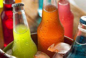 المشروبات الغازية وأضرارها على صحة الجسم مع الدكتور / أحمد العطار :-