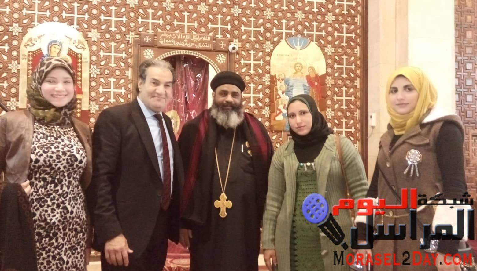 """بالصور.. أمانة """"مصر الثورة"""" بكفر الشيخ تهنئ الأقباط بعيد الميلاد"""