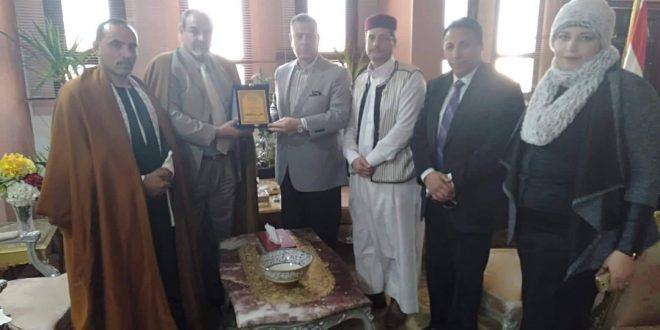القبائل العربية والمصرية تكرم محافظ بني سويف وتوقع بروتوكول للعمل المشترك