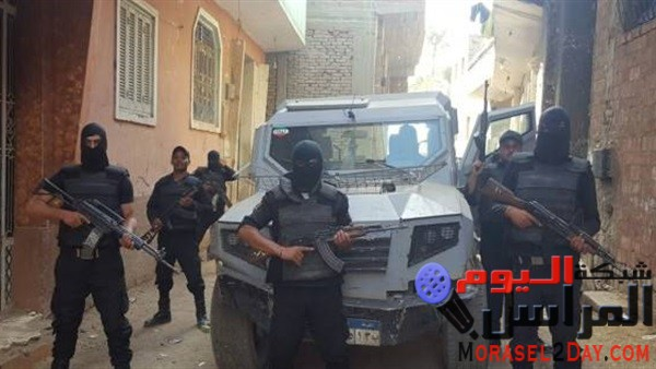 مباحث البساتين تضبط صاحب مخبز ونجليه هاربين من أحكام بـ«الإعدام» في عرب المعادي