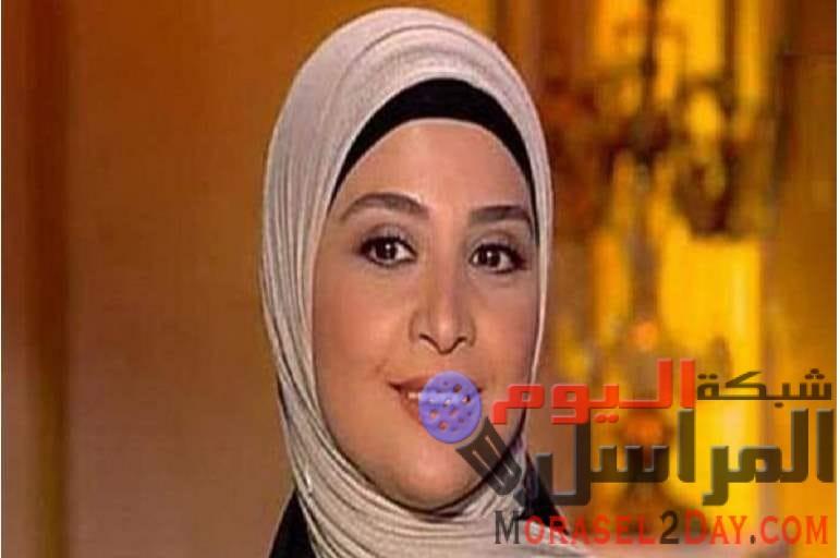 """بعد سنوات من ارتداء الحجاب.. هل تلحق """"حنان ترك"""" بحلا شيحة"""