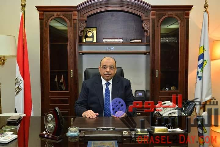 إتصال هاتفى بين الزميل وائل جاد ومدير مكتب وزير التنمية المحلية بخصوص قرار المحافظ الأخير