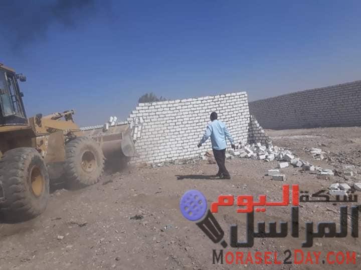 محافظ قنا : استرداد 13 فدان و 44702 م2 خلال اعمال الموجة 15 لإزالة التعديات علي اراضي املاك الدولة