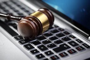 خبير قانونى : نظام التقاضى الألكترونى يسرع الفصل فى القضايا ويوفر الوقت والجهد والمال