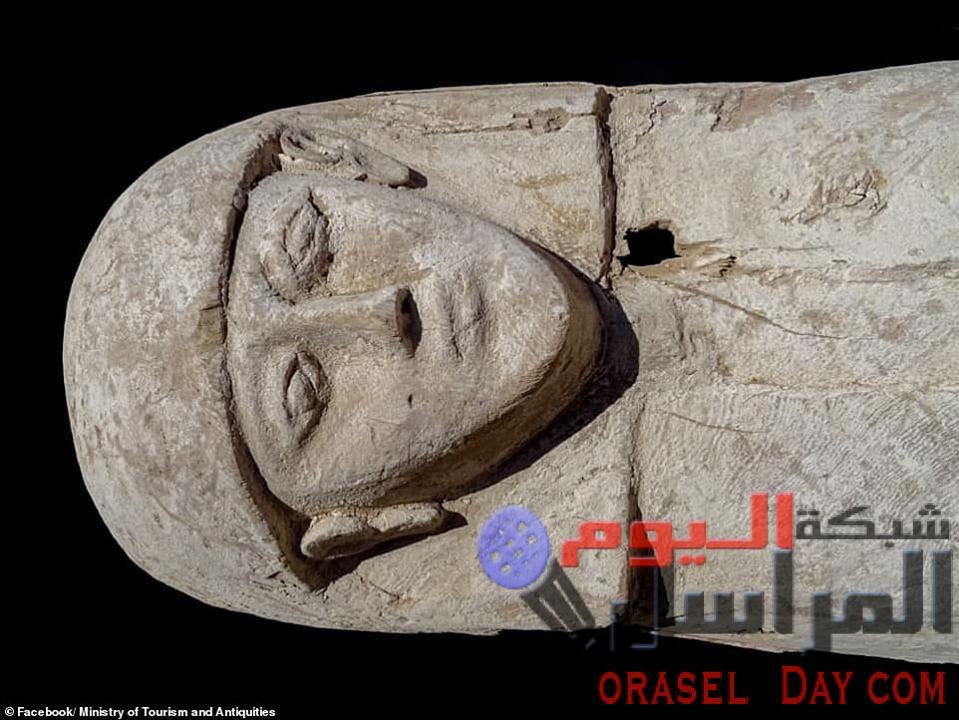 """""""فتاة المجوهرات"""" ..مراهقة فرعونية ترتدى حلى زفاف بالأقصر تحير علماء الآثار"""