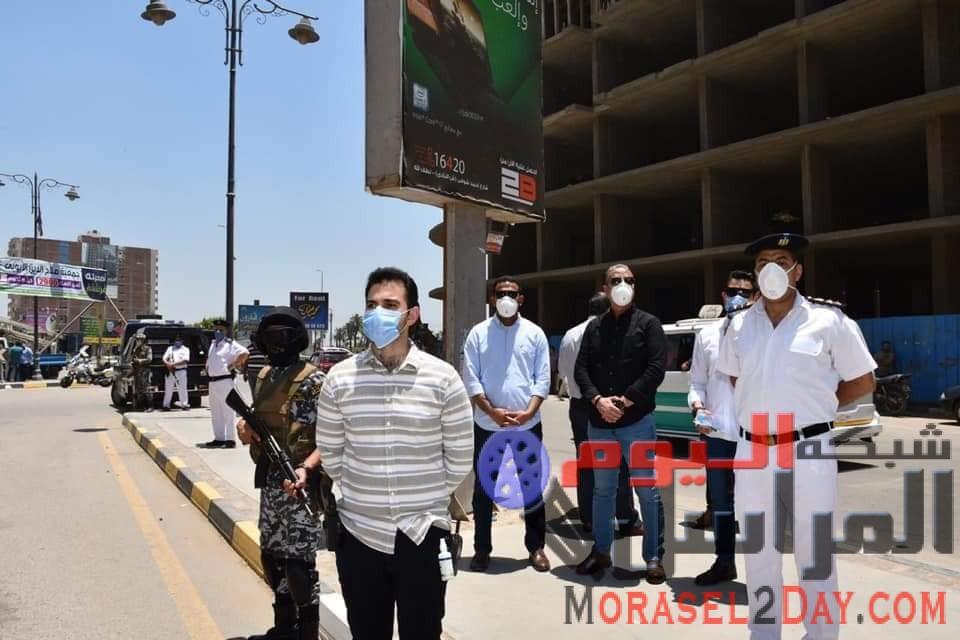 محافظ الفيوم يترأس حملة لإزالة مبنيين مخالفين بمنطقة دله وإحالة المخالفين