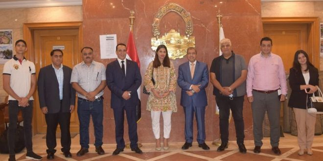 .وفد باكستاني يزور غرفة القاهرة لبحث إقامة استثمارات مشتركة
