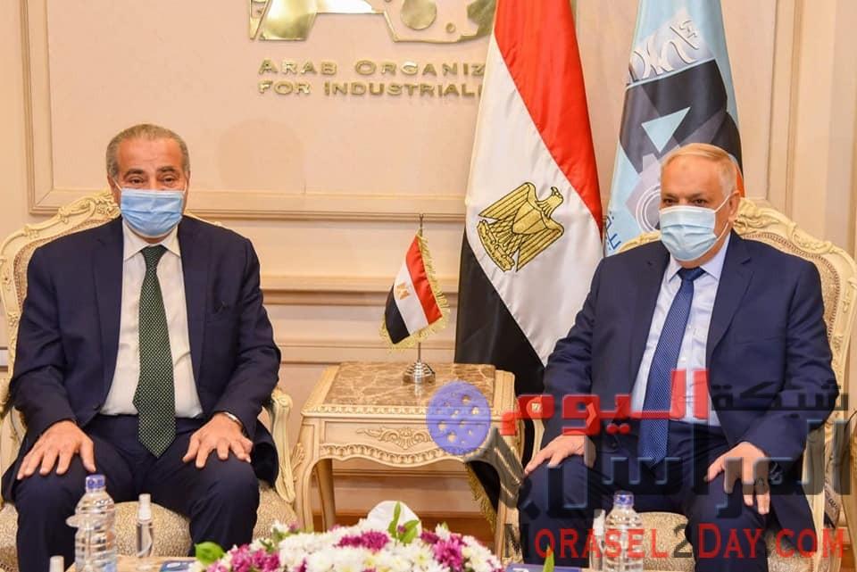 وزير التموين ورئيس العربية للتصنيع يتفقان علي تعزيز خطة الدولة لإستخدام الغاز الطبيعي بالمخابز البلدية وتعميق التصنيع المحلي لمستلزمات الإنتاج.