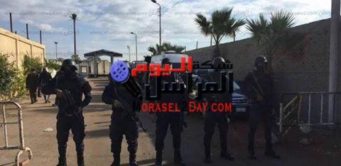 قوات الأمن تكثف وجودها بمحيط كنيسة مارجرجس في الفيوم لتأمينها