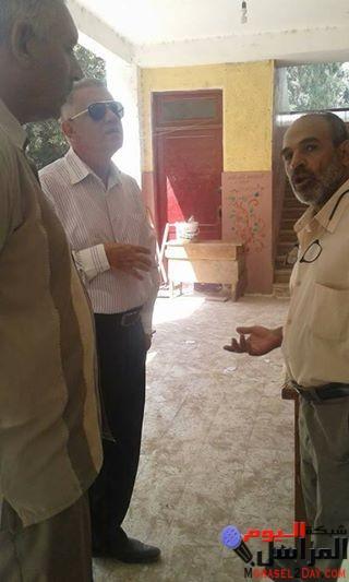 بالصور مدير اداره الفشن التعليميه جنوب بنى سويف يتابع اعمال الصيانه بالمدارس