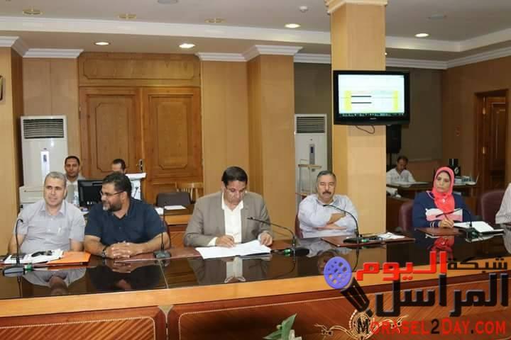 بالصور.. مناقشة الخطة الاستثمارية لتنفيذ المشروعات بالقطاعات الخدمية بكفر الشيخ