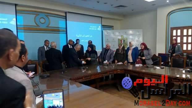 بالصور وزير التعليم يشيد بنجاح المنتدى التعليمي الأول ببني سويف