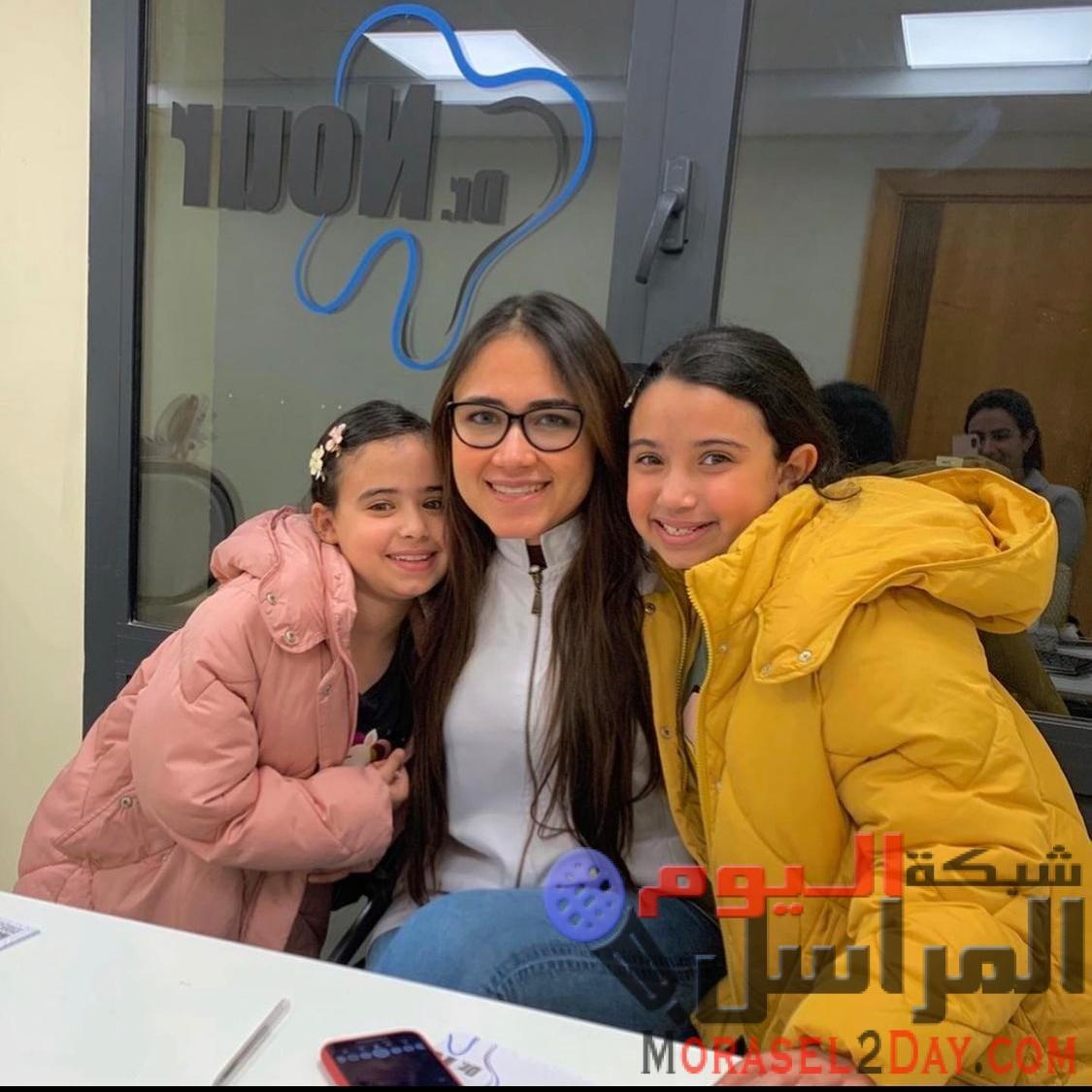 """منة حافظ: """"الفينير"""" أسهل الطرق للحصول على إبتسامة جميلة"""